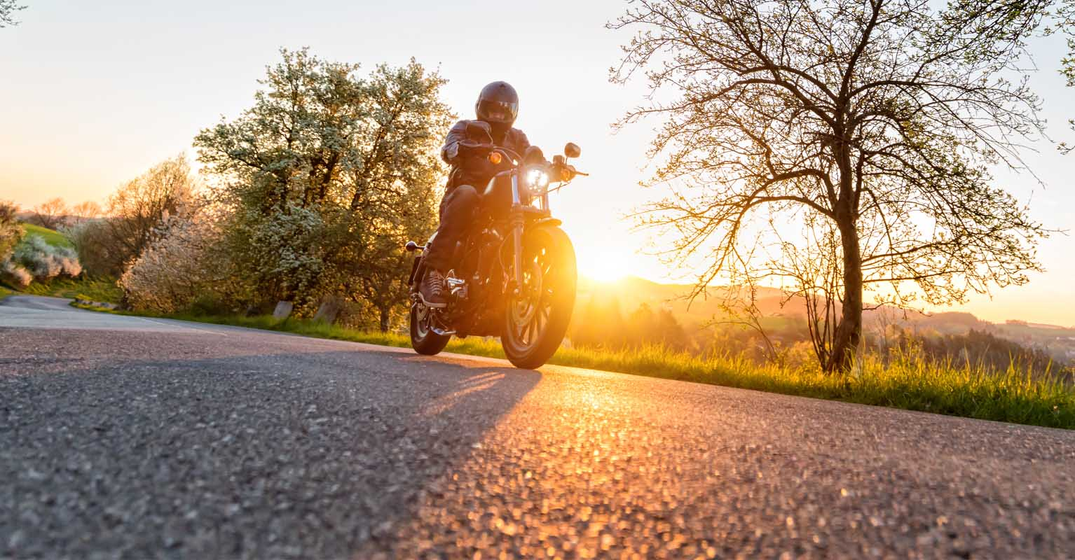 Emergency Roadside Service >> 5 Tips for Riding Your Motorcycle in the Wind | American Family Insurance