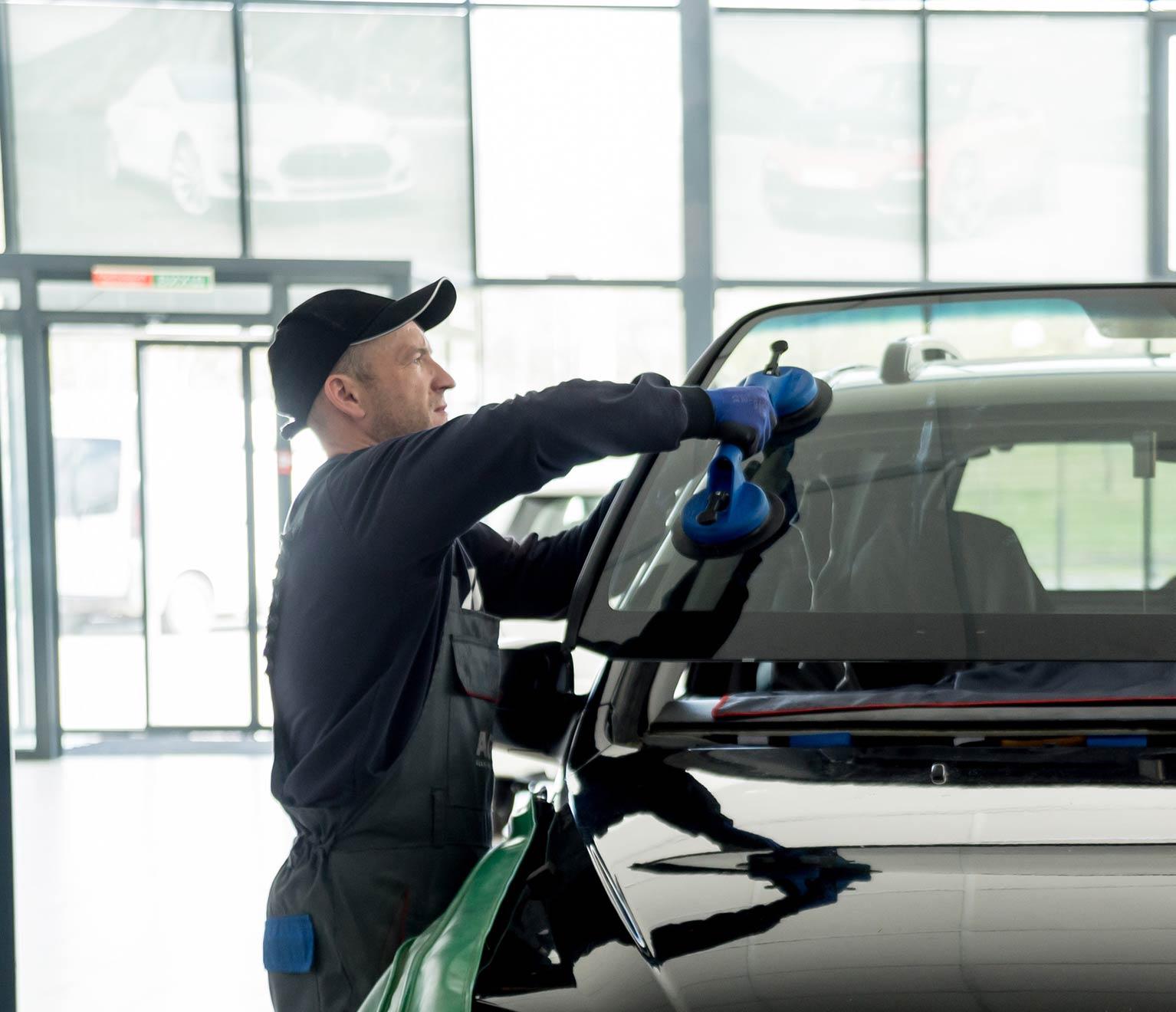 crack windshield rental car